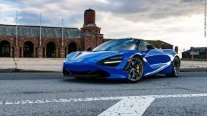 """ერთ დღეში """"ჰაერში გასროლილი"""" 300 000$-აშშ-ში მამაკაცმა სუპერკარი McLaren 720S იმავე დღეს დაამტვრია"""