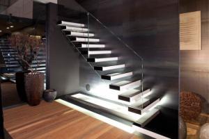 ორიგინალური კიბეები თქვენი სახლისთვის – ინტერიერი და დიზაინი