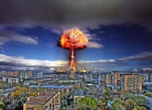 ვინ დააყენა კაცობრიობა  მესამე მსოფლიო ომის საფრთხის წინ?