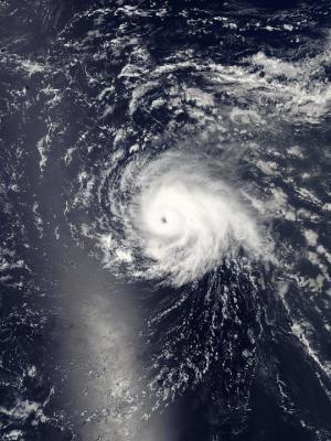 """მსოფლიო კატასტროფის მოლოდინშია - გამანადგურებელი ქარიშხალი """"ვირჯინიას"""" უახლოვდება"""