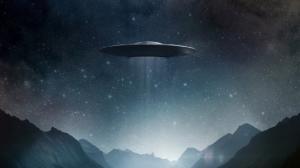 """""""ასტრონომმა ვიდეოში ამოუცნობი მფრინავი ობიექტი დააფიქსირა"""" ( +ვიდეო )"""