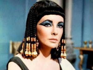 ელიზაბეტ ტეილორის წარმოუდგენელი სილამაზე   იშვიათი გენეტიკური მუტაციის შედეგი იყო