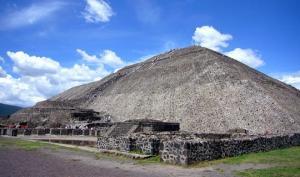 მთვარის პირამიდის ქვეშ მკვდრების სამეფოში შესასვლელი გვირაბი აღმოაჩინეს