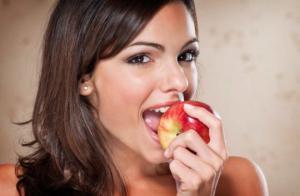 რატომ უნდა მიირთვათ ვაშლი ყოველდღე - 9 მნიშვნელოვანი მიზეზი