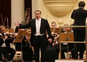 პაატა ბურჭულაძემ რუსეთში იმღერა,კონცერტს ვლადიმერ პუტინი ესწრებოდა(ვიდეო)