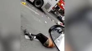 ტერორისტული აქტი ჩინეთში. ავტობუსი ხალხის მასაში შევარდა. დაღუპულია 5 ადამიანი