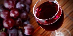 6 მიზეზი,თუ რატომ უნდა დავლიოთ წითელი ღვინო