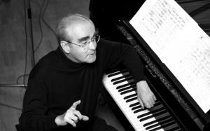 """გარდაიცვალა კომპოზიტორი მიშელ ლეგრანი- """"შერბურის ქოლგების""""  ავტორი"""
