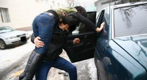 30 წლის ქალის მოტაცების გამო პოლიციამ ოთხი მამაკაცი დააკავა