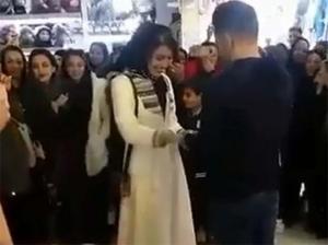 საჯაროდ ხელის თხოვნის გამო ირანელი წყვილი დააპატიმრეს