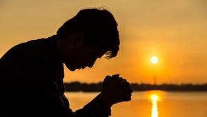 რატომ არ ესმის ღმერთს შენი