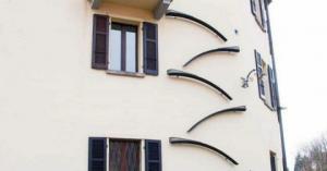 შვეიცარიაში კატებისთვის კიბეებს აკეთებენ, რომ მათ თავისით სეირნობა შეძლონ