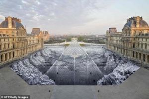ლუვრის 30 წლიანი პირამიდის გამაოგნებელმა ოპტიკურმა ილუზიამ სრულიად ინტერნეტი დაიპყრო ( + ფოტოები და ვიდეო )