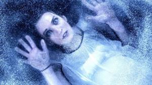 გოგონა გაყინულ მდგომარეობაში იპოვეს... რაც შემდეგ მოხდა, ნამდვილად დაუჯერებელია!