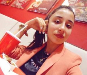 17 წლის გოგონამ უცხოეთიდან მშობლების მიერ გამოგზავნილი ფულით ბიზნესი წამოიწყო