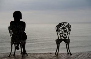 მარტოობა ქორწინებაში - რატომ ვეგუებით ამას?