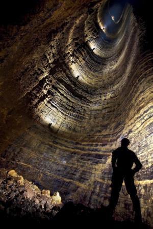 სრული საოცრება საქართველოში! კრუბერის გამოქვაბული, რომელიც დედამიწაზე დღემდე აღმოჩენილ გამოქვაბულთაგან ყველაზე ღრმაა