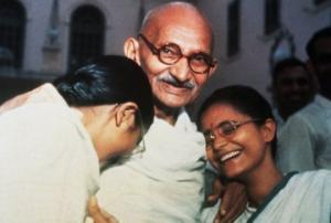 კაცი, რომელმაც სამყარო შეცვალა - მაჰათმა განდის ცხოვრების 7 წესი