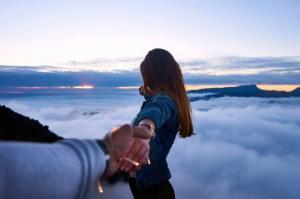 10 ფაქტი იმის დასტურად, რომ თქვენი საყვარელი ადამიანი გღალატობთ