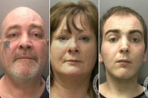 """მსოფლიო უნდა იცნობდეს ასეთ პირუტყვებს - ბრიტანეთში """"პირუტყვის"""" ანუ პედოფილის ბრალდებით ერთი ოჯახის შვიდი წევრი დააკავეს"""