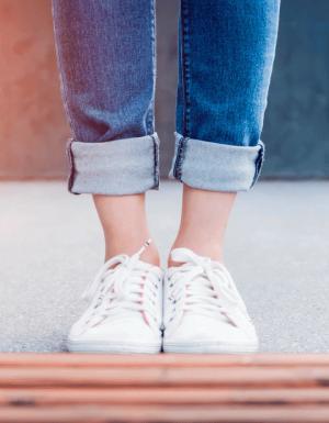 5 სტილის ფეხსაცმელი, რომელიც გარდერობში ყველა ქალს უნდა ჰქონდეს