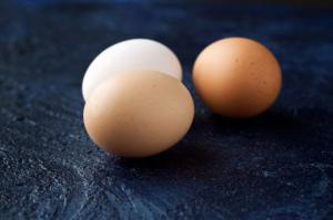 აქვს თუ არა მნიშვნელობა კვერცხის ფერს?