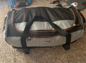 ჩანთაში გენიალურად ჩალაგებულმა ნივთების ფოტომ Twitter დაიპყრო. შენ შეძლებდი ასე?