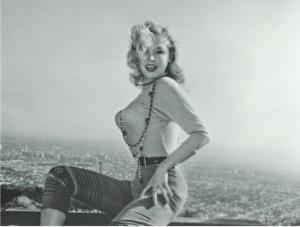 მას მილიონი ადამიანი ჭკუიდან გადაჰყავდა! - 50 -იანების ლამაზმანი წლების შემდეგ (ფოტოები)