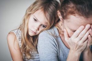 მშობლის დეპრესიის გავლენა ბავშვის განვითარებაზე
