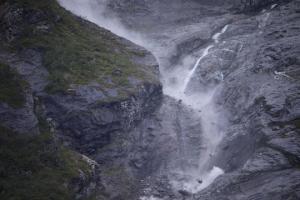 ნორვეგიაში მთათა სისტემა ჩამოიშალა ( ვიდეო)