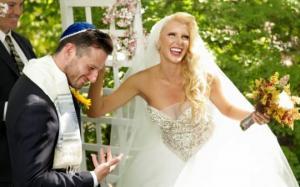 """""""მადლობა, რომ ჩემს იქით არავინ არსებობს შენთვის"""" -რას უწერსამერიკელ ქმარს ნუკი კოშლეკიშვილი ქორწინებისმე-4წლისთავზე"""