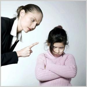 საგანმანათლებლო დაწესებულებებსა და მშობლებს ბავშვის დასჯა ოფიციალურად აეკრძალათ!