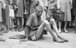 ვარშავის გეტოს საშინელებები გერმანელი ჯარისკაცის აკრძალულ ფოტოებში