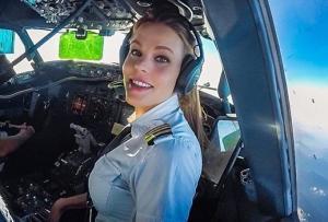 როგორ ცხოვრობს ულამაზესი შვედი მფრინავი ქალი მალინ რიუდკვისტი