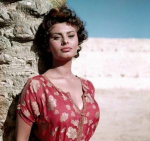 სოფი ლორენის კრიმინალური წარსული - როგორ მოხვდა მსახიობი ციხეში
