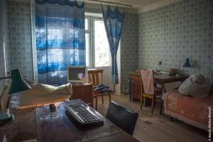 ჩერნობილში იპოვეს ხელშეუხებელი სახლი, რომლის პატრონი 2 წლის წინ გაუჩინარდა (ვიდეო)