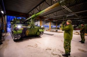 """ნორვეგიამ კონტრაქტის შესაბამისად მიიღო სამხრეთ კორეული 155 მილიმეტრიანი თვითმავალი ჰაუბიცის """"К9""""-ის ორი ერთეული"""