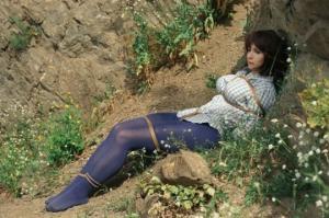 """როგორ აუარა გვერდი ცენზურას ნინას თამამმა ჩაცმულობამ  ფილმიდან """"კავკასიელი ტყვე ქალი"""""""