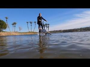 ელექტრო ველოსიპედი წყალზე სასეირნოდ (ვიდეო)