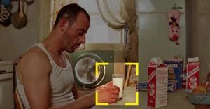 თუ ფილმში ვინმე რძეს სვამს, რეჟისორები მინიშნებას გაძლევენ