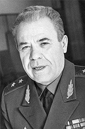 სსრკ-ს და რუსეთის ГРУ-ს გენერალი, 1991-92წწ. კრიმინალური ბანდების ამბოხების, მთავარი სამხედრო კოორდინატორი