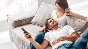 ეს 4 შეკითხვა აუცილებლად დაგეხმარებათ  თქვენს მეუღლესთან ურთიერთობის გაღრმავებაში