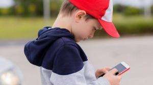 კანადელმა მეცნიერებმა ბავშვის განვითარებას და სმარტფონს შორის კავშირი დაადგინეს