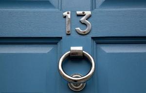 შეუძლია თუ არა რიცხვს 13-ს თქვენი ბინის ღირებულებაზე გავლენა მოახდინოს?