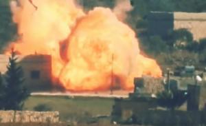 """გადარჩენის შანსის გარეშე, მართვადმა რაკეტამ სირიის სამთავრობო არმიის ტანკი """"Т-72"""" გაანადგურა"""