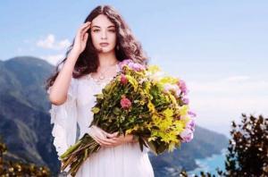 მონიკა ბელუჩის და ვენსან კასელის 15 წლის ქალიშვილი Dolce & Gabbana ს სუნამოს სახე გახდა