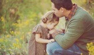 """""""პატარა გოგოს მამიკო უყვარს"""" - შოთა ნიშნიანიძის ლექსი, რომელიც სულს გაგითბობთ!"""
