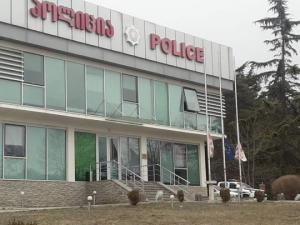 დედოფლისწყაროს პოლიციამ თვითიზოლაციის წესის დარღვევა აღკვეთა - მოქალაქე კარანტინში გადაიყვანეს