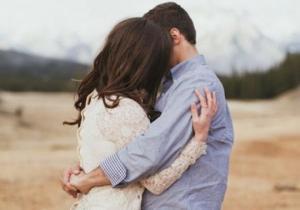 """""""ერთმანეთი ბავშვობიდან ჰყვარებიათ, მერე მათი გზები გაიყარა. ქალი გათხოვდა, ხოლო კაცი პირველ სიყვარულს ვერ ივიწყებდა და..."""""""