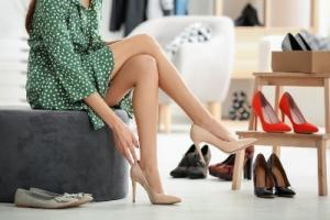 6 გარეგნული ნიშანი,რომლითაც უხარისხო ფეხსაცმელს ამოიცნობთ